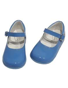 Baby Mary Janes in patent...