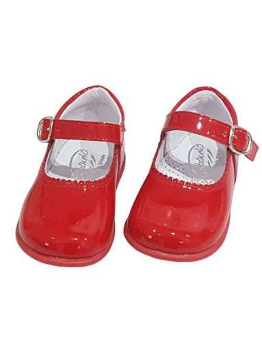 Baby Mary Janes in patent Bambi red 457