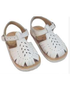 SANDALS IN LEATHER 9004