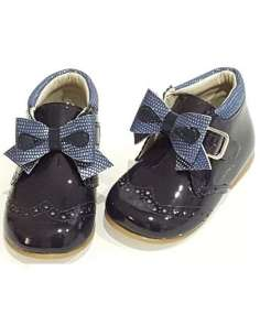 BABY BOOTS WITH BOWS IN...