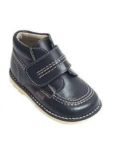 KICKERS BOOTS IN LEATHER...